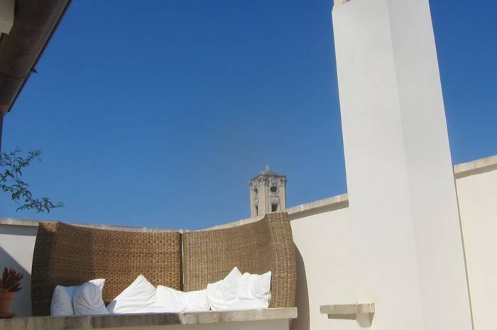 Vacation rental boutique apartment Places to stay Nardo Lecce Salento Puglia southern italy, gay friendly, self contained entire appartement contemporary style, comfortable, well appointed spacious and stylish, outdoor space, terraces