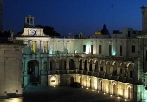 Voir un joyau d'architecture Baroque s'impose : la Piazza Duomo à Lecce